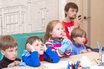 Дітки дізнаються багато цікавого про зуби… і не тільки дітки :)