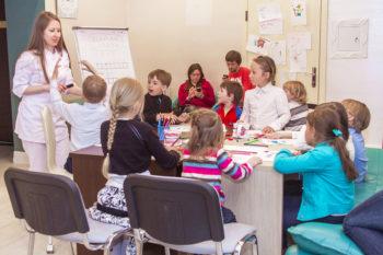 В ігровій формі діти краще засвоюють корисну інформацію